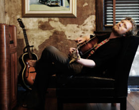 Gareth Dunlop in Cuba Room, Franklin TN - photo credit Anthony Scarlati